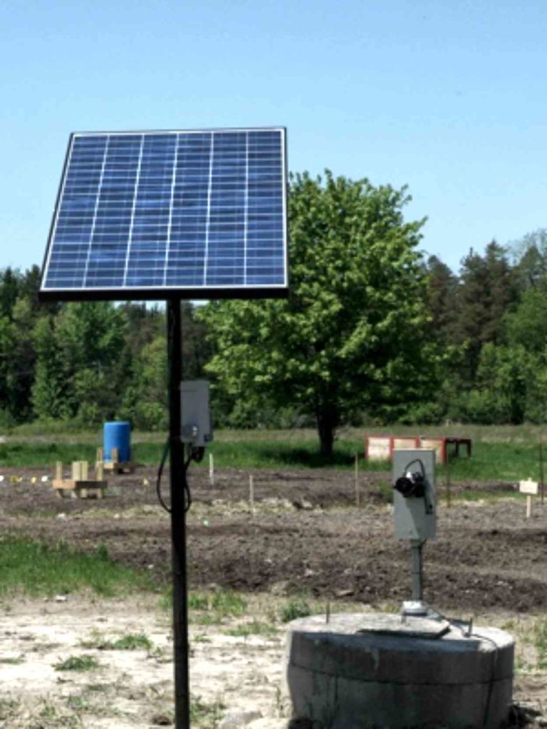 Simple Pump Customer Installation Solar Pump with Small Panel