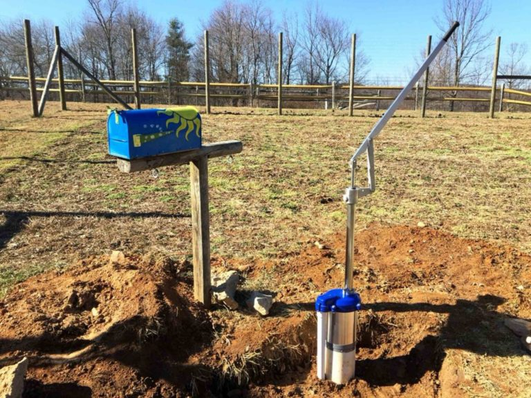 Simple Pump Customer Installation with Mailbox